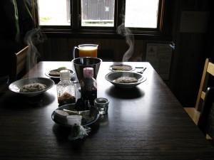 おいしそうな温かい朝食