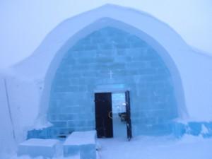 ice-chapel-2