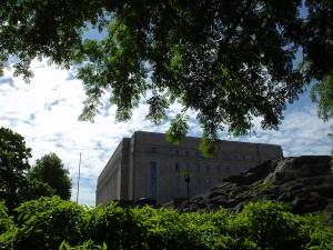 フィンランドの国会議事堂、建築家J.S.シレンの作品で1931年に完成