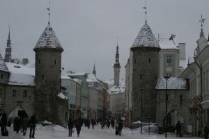 城門をぬけて中世へ