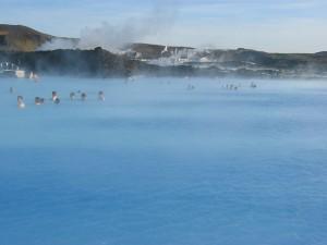 人気の温泉ブルーラグーン