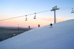 スキー、ボードを楽しむにはやはりレヴィですね!